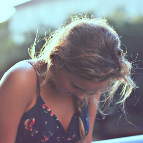 18 Struggles Of Having An Outgoing Personality But Actually Being Shy And Introverted